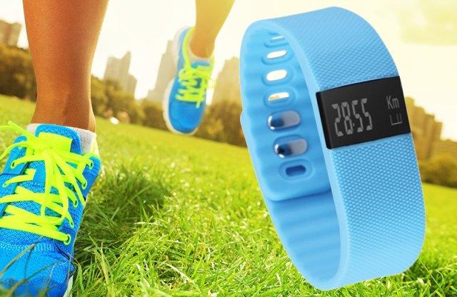 Aktivitásmérő okosóra, kék